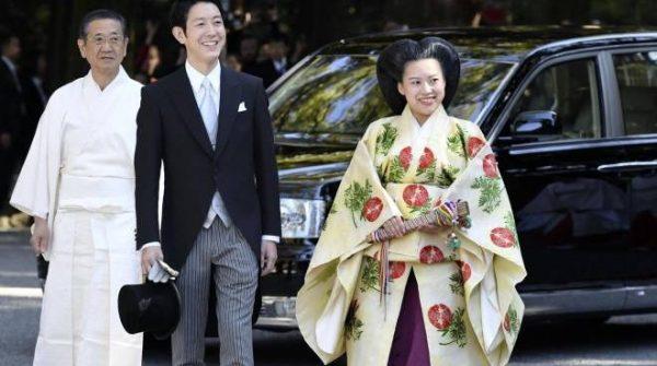 Auguri Matrimonio Giapponese : Principessa ayako rinuncia al trono: matrimonio damore con un